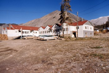Lakeview Lodge, Alaska Highway